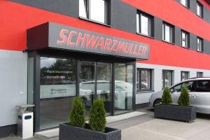 Schwarzmüller Wels